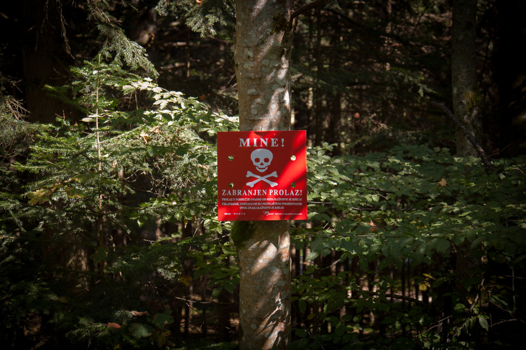 Warning sign at the entrance to a forest near Olovo.