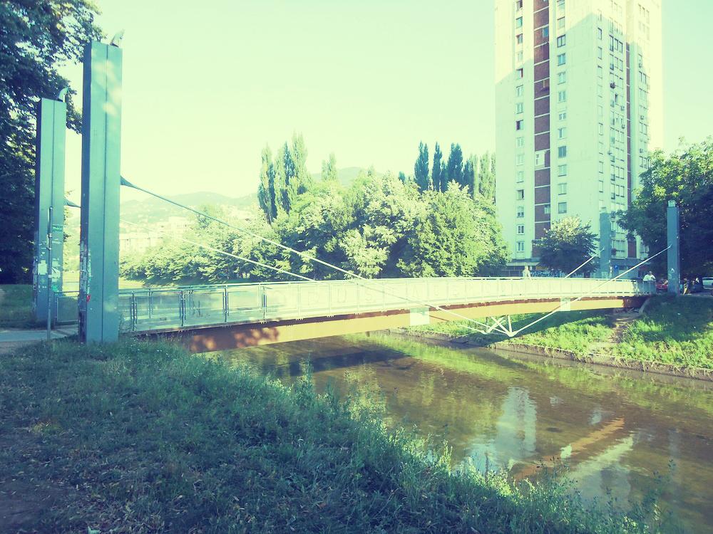 Bridge over the Miljacka: Ars Aevi bridge by Rezno Piano (Photo credit: Performing the East)
