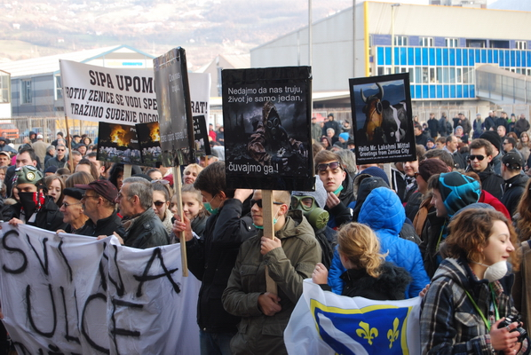 Citizens of Zenica protest against air pollution caused by ArcelorMittal. Photo credit: Enviromental Justice Atlas.