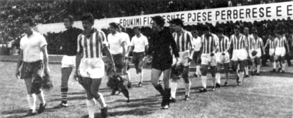 Tirana, September 8th, 1965: 17 Nëntori Tiranë-Kilmarnock (Scotland) 0-0, XI Champion Clubs Cup, sixteenth final, first leg; the two teams (Photo credit: http://www.giovanniarmillotta.it)